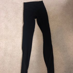 Black lululemon leggings with mesh